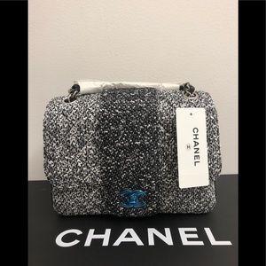 Chanel tweed sparkles limit edition     4e6fa197c3